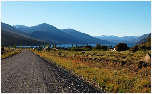 Rutas y lagos, una combinación ideal para este finde largo que viene.