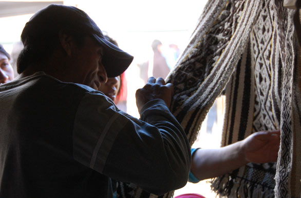 Handicrafts, loom festival - Author: Eduardo Epifanio
