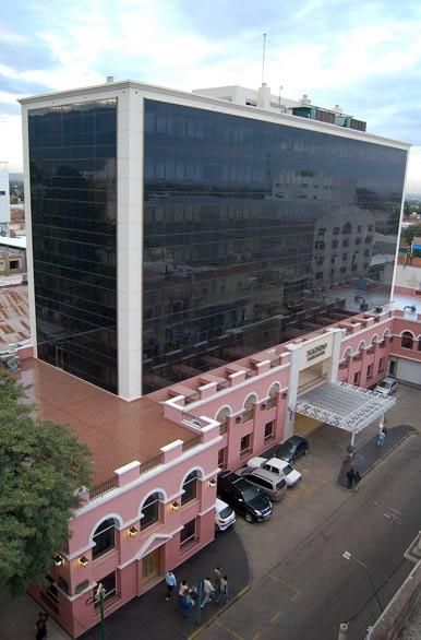 La Galeria Hotel