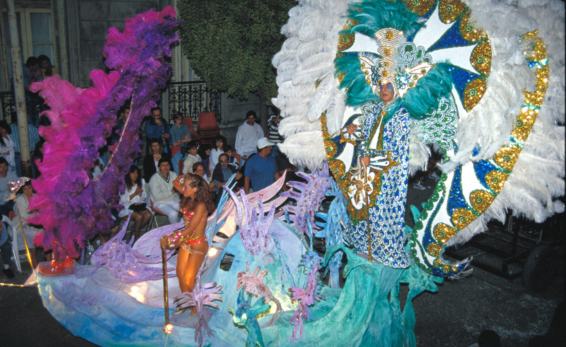 The city will dress up in color, feathers and sequins