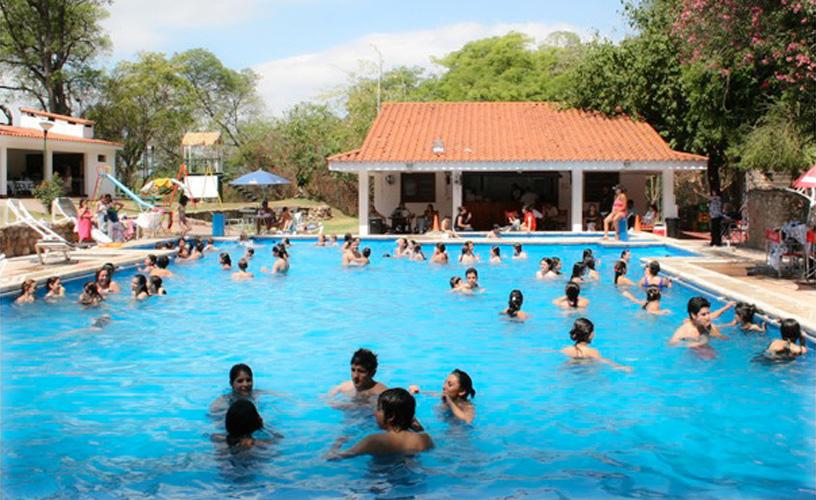 Hotel termas rosario de la frontera salta for Piscinas termales