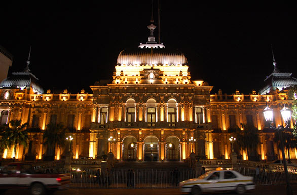 Light esthetics in the House of Government - Author: Eduardo Epifanio